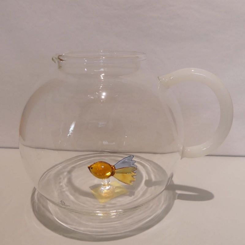 Pichet à eau poisson jaune et bleu en verre duran